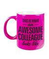 Awesome colleague cadeau mok / beker voor collega neon roze 330 ml